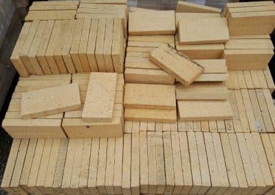 """Fire Brick Splits 9""""x4-1/2""""x1-1/4"""""""